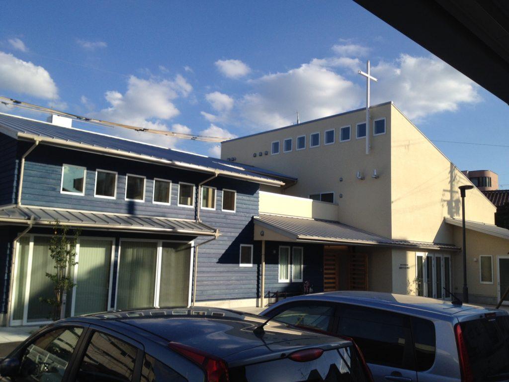 石橋教会、EBSからの全景